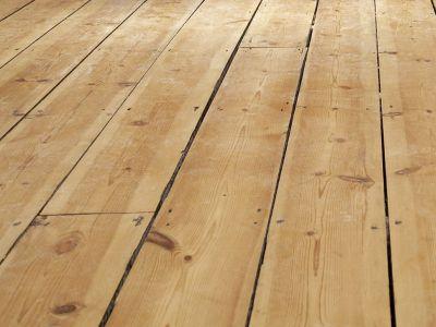 Utahování dřevěné podlahy