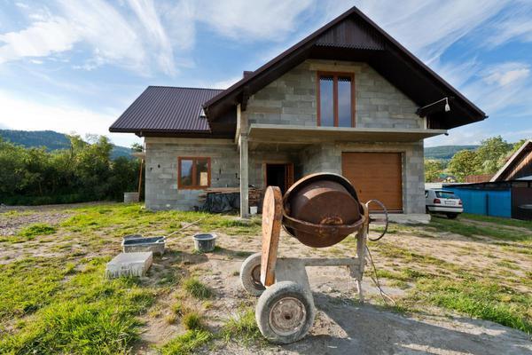 Stavba rodinného domu (Foto: Shutterstock)